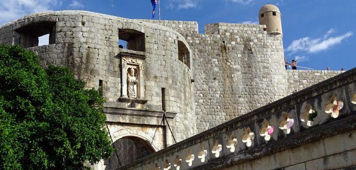 Sat parkiranja u Dubrovniku – 75 kuna!