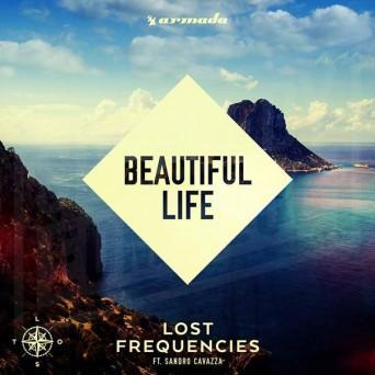 Beautiful Life (feat.SANDRO CAVAZZA) -
