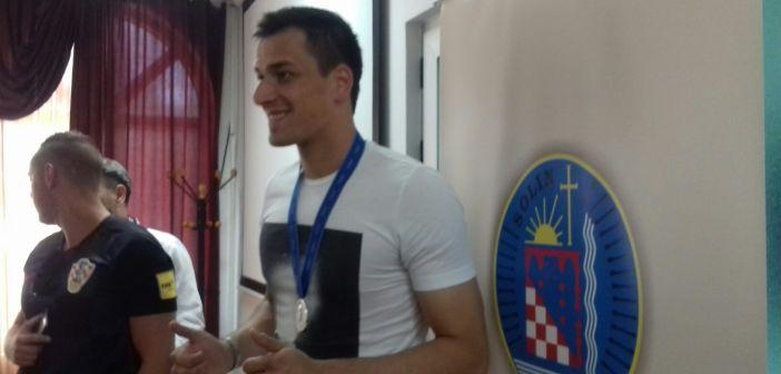 Lovre Kalinić u Solinu: 'Medalju posvećujem didu'