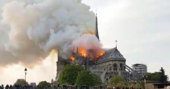 Notre-Dame požar