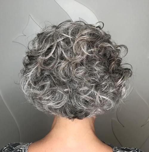 Pomozi maturantici i dobij besplatnu frizuru