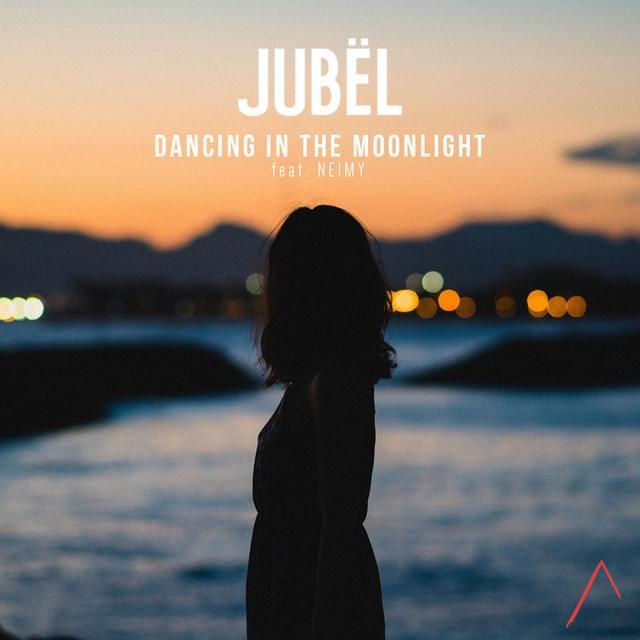 Dancing In The Moonlight -